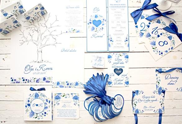 akwarelowe kwiatowe niebieskie zaproszenie i dodatki slubne artirea
