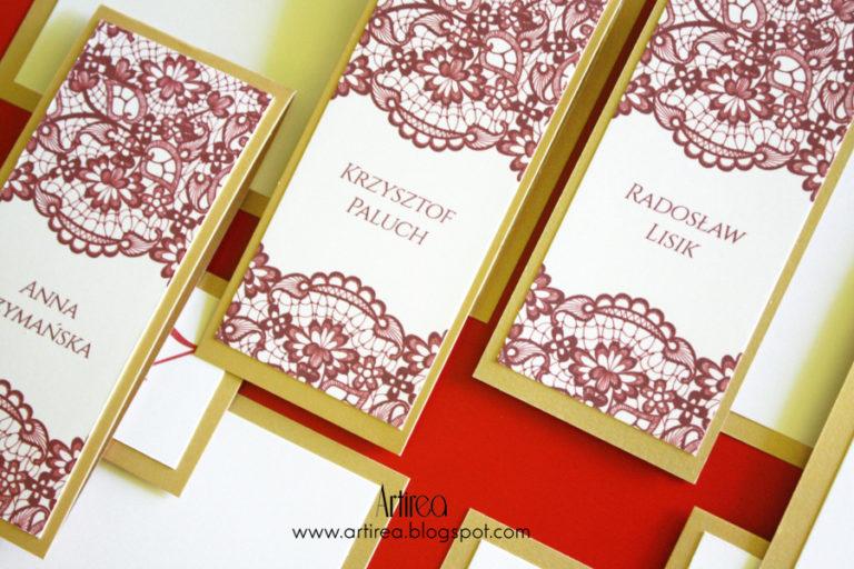 eleganckie winietki weselne bordowo zlote z koronka