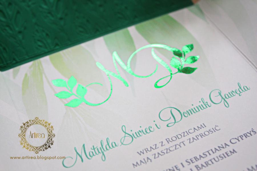 pozlacane zaproszenia slubne w kolorze zielonym