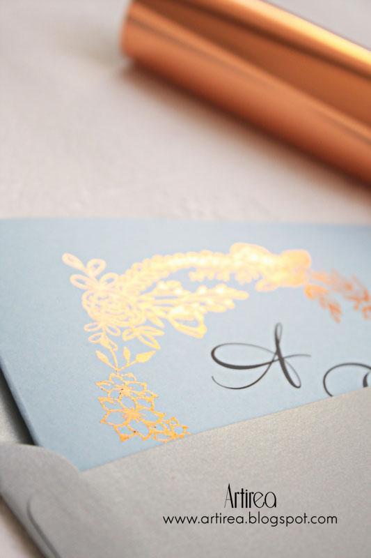 miedziano niebieskie zaproszenia slubne pozlacane eleganckie artirea