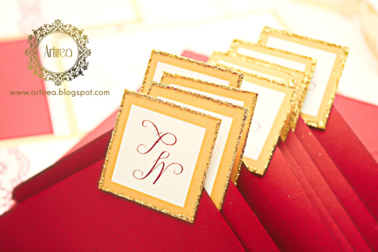 eleganckie bordowo zlote zaproszenia slubne z koronka artirea