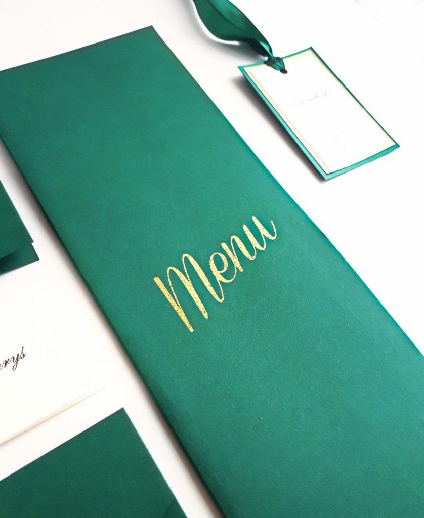 zielone-szmaragdowe-pozlacane-menu-weselne