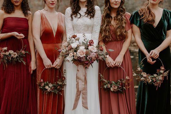jesienny ślub bukiet kolory jesieni na ślubie