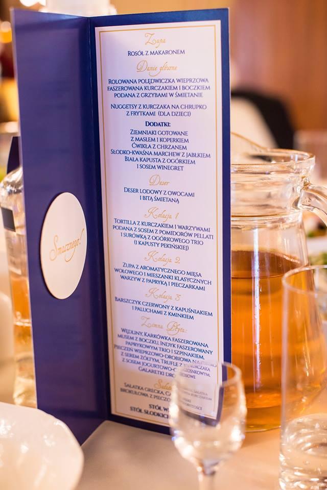 granatowe menu weselne